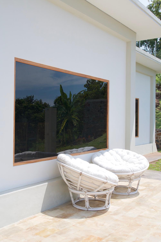 lovina beach villa infinity pool airbnb ocean sight bed and breakfast