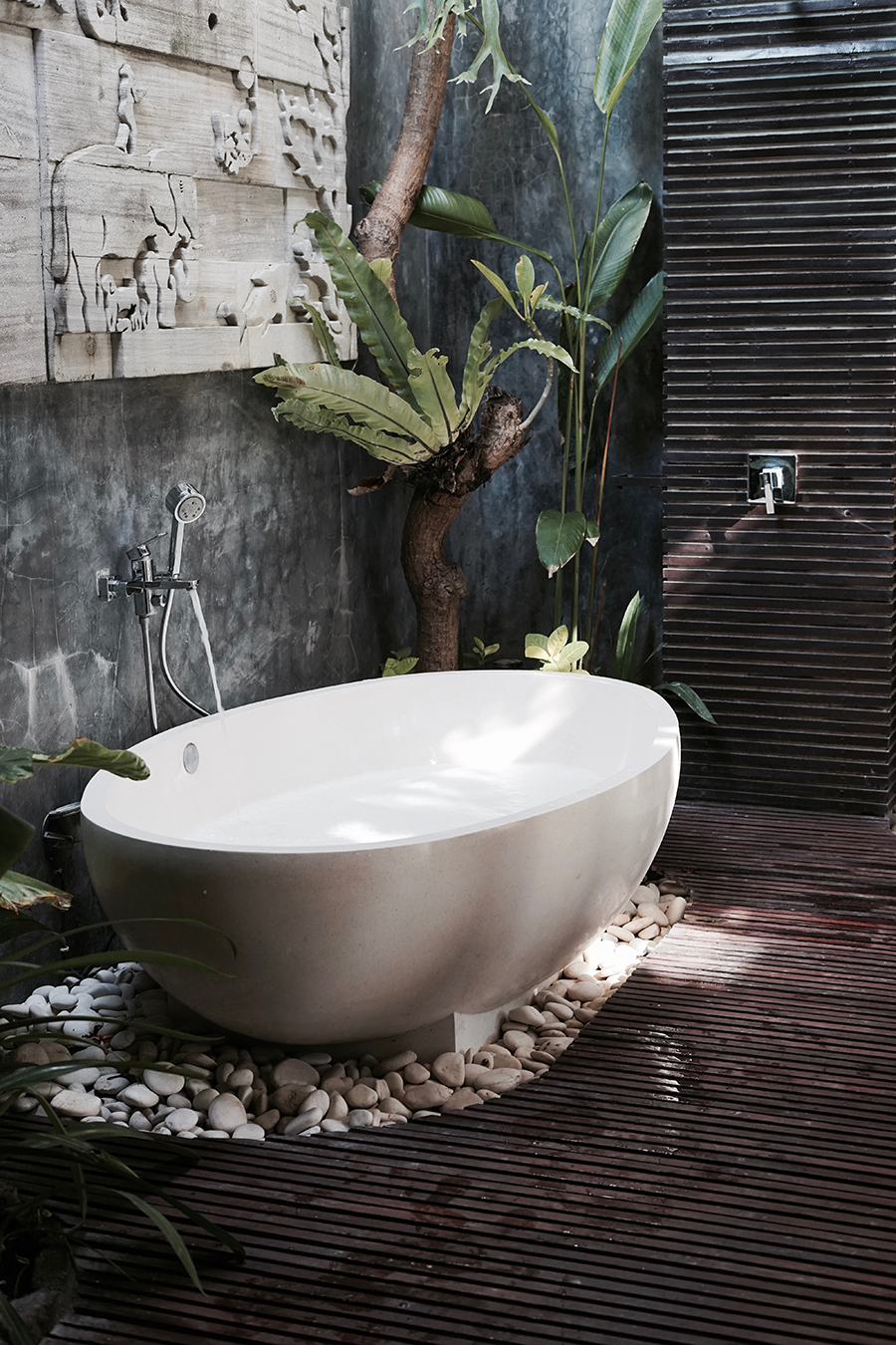 bali bathroom inspiration