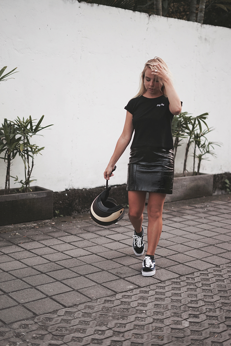 patent-leather-skirt_embroidered-tee_stay-rad